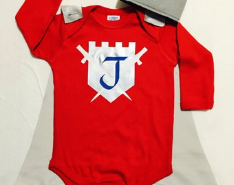 Personalized Knight Baby Outfit Boys Bodysuit with Cape and Crown Custom Birthday or Party Super Hero with Swords King Castle and Shield