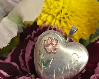 Vintage Sterling Silver Rose Gold Floral Etched Heart Locket Pendant Necklace - Vintage Sterling Heart Locket