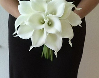 White and navy blue calla lily wedding bouquet navy blue white calla lily bridal bouquet with calla lily boutonniere real touch calla lily bouquet bridesmaid bouquet silk flower wedding bouquet junglespirit Gallery