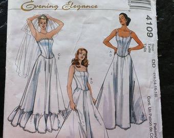 Boned Corset Top & Petticoat Wedding Dress Pattern // McCall's 4109 > Sizes 12-14-16-18 > Unused > undergarments