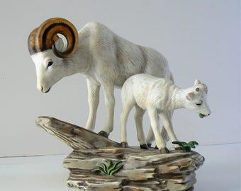 Homco Big Horn Sheep with Kid Figurine, 1984 Masterpiece Porcelain Figurine Mountain Goat and Kid, Ram win Baby Goat Figure