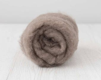 Carded Maori Wool, Ash, 50 grams (1.75 oz)