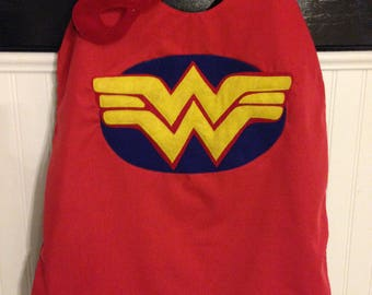 Wonder Woman cape, Wonder Woman, party favor, Superhero cape, birthday gift for kids, superhero party, gift for girls