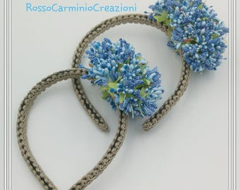 Headband for hair with blue flowers
