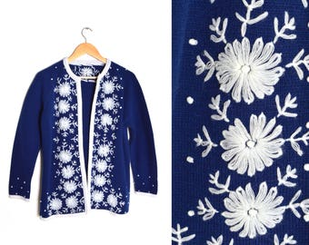 70s Embroidered Cardigan Navy Blue White Floral Womens Medium Open Front