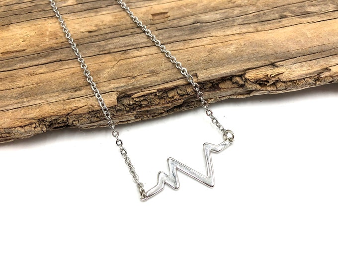 HEARTBEAT: simple silver necklace