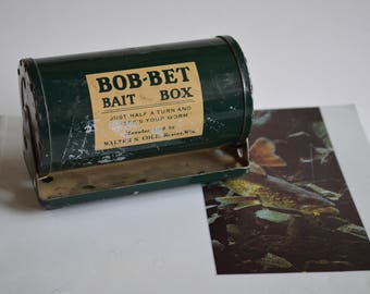 Bob-Bet Bait Round Box Vintage 1940s Fishing Tackle and Collectible – Great Gift For Him