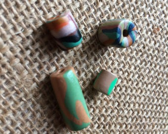 Multi colored polymer clay beads set of 4.