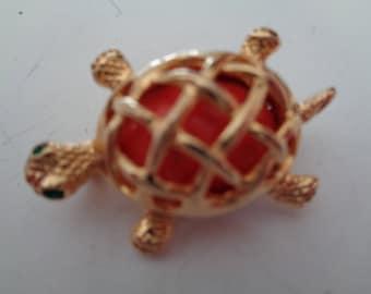 Vintage Signed Craft Goldtone Tortoise Brooch/Pin