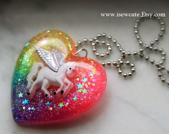 Pegasus Necklace, Rainbow Horse Jewelry, Rainbow Heart Sparkly Modern Glitter Pendant Chain & Gift Box Included, handcrafted by isewcute