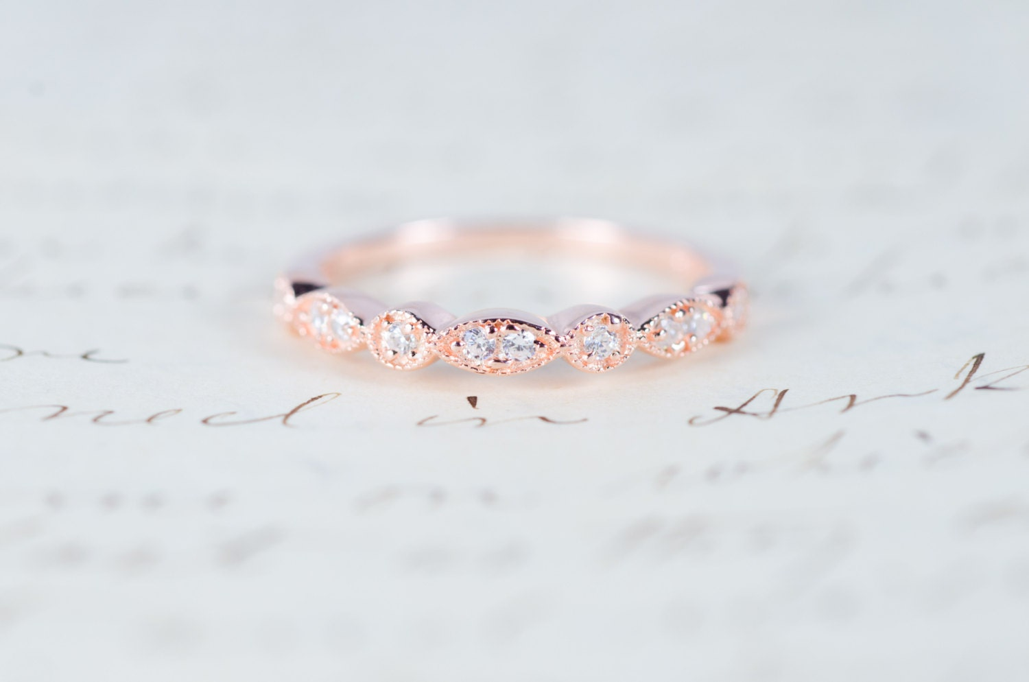 zoom - Rose Gold Wedding Ring