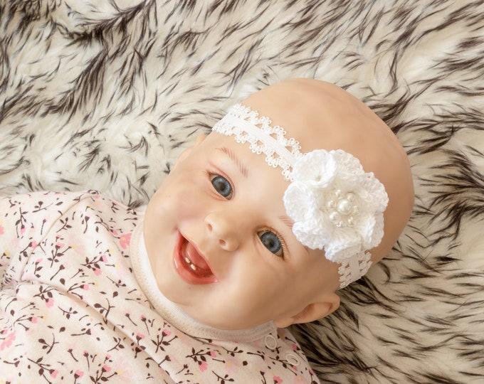 Baby Girl flower Headband - White headband - Crochet headband - Baby girl gift - Newborn Headband- Baby shower gift- Crochet flower headband