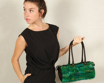 Small Designer Handbag For Women, Gifts For Her, Green Boho Shoulder Bag, Colorful Duffle Handbag, Everyday / Casual Bag, Unique Knitted Bag