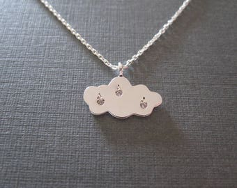 Silver Raindrop Engraved Cloud Necklace