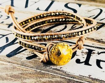 Enveloppement or Bracelet, Bracelet de cuir doré, les femmes Boho Bracelet en perles cadeau pour elle, cadeau d'anniversaire pour maman