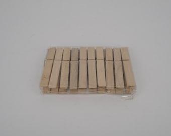 Wooden clipper