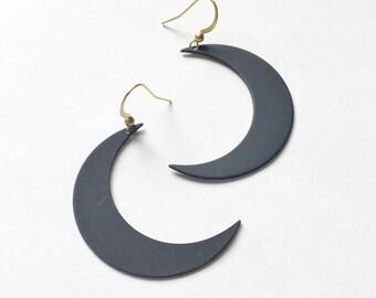 NOELLE crescent moon earrings