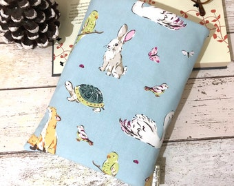 Medium Wildlife Book Buddy, Indie Book Cover, Cath Kidston Cotton Fabric, Animal Lover Gift, Bookish Accessory, Cushioned Book Sleeve
