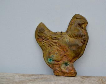 Rusty Metal Hen . Rusty Home Decor . Easter
