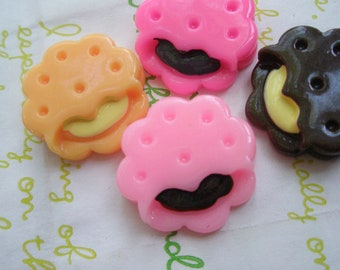 SALE Creamsand cookie biscuit cabochons 4pcs