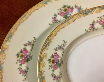 Pair of Oval Serving Platters - Noritake Resilio Pattern - 1 Large & 1 Small Platter