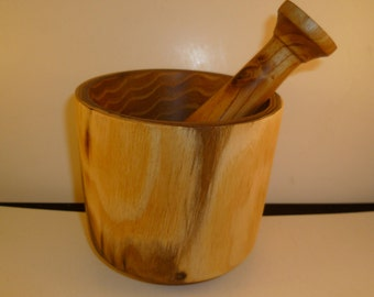 Mortar and pestle in mpta3 acacia wood