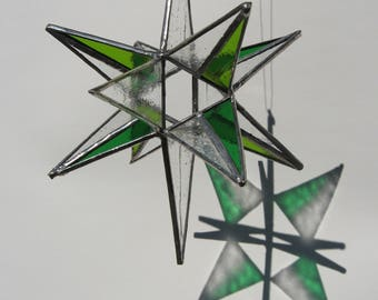 moravian star - split green