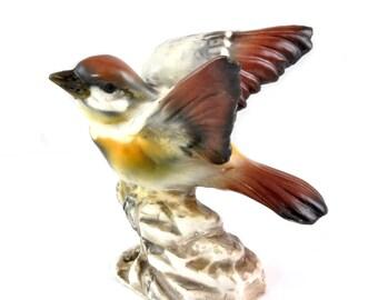 Vintage Capodimonte Italy Bird Figurine - Wren