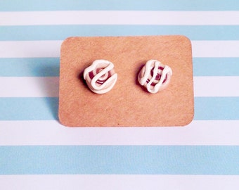 Cinnamon buns-Earrings!