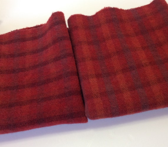 Cheerful Red Plaid, 1) fat quarter yard, Hand Dyed Wool Fabric, W270, Reversible Plaid