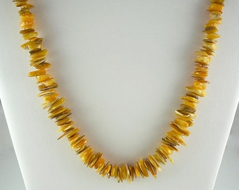 Yellow Mother of Pearl Necklace Yellow Shell Necklace Bright Yellow MOP Necklace Golden Yellow Mother of Pearl Strand Short Yellow Necklace