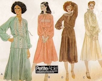 """A 2-Piece Dress Sewing Pattern for Women: Pullover Raglan Sleeve Top and Flared Elastic Waist Skirt - Size 10, Bust 32-1/2"""" • McCall's 6207"""