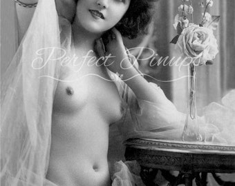Stunning Antique French Nude - Woman Posing In Sheer Wrap, Risque, Vintage Pin Up, Photograph, Wall Art, Postcard, Photography Paris - 65