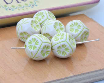 30 Green and White Acrylic Beads.  20mm Light Green and White Floral Etched Acrylic Hexagon Beads.    Mint Green and White Beads.