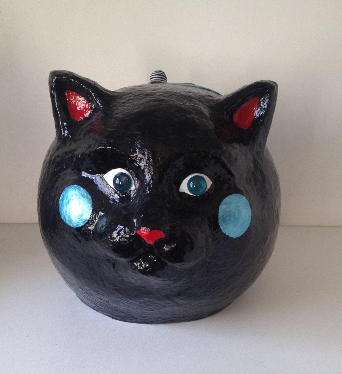 Caja de gato negro diseño papel mache manualidades