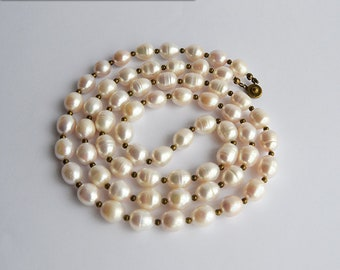Long Pearl Necklace - Jamie Fraser wedding gift to Claire - Genuine freshwater pearls - Sassenach Jewelry Outlander inspired
