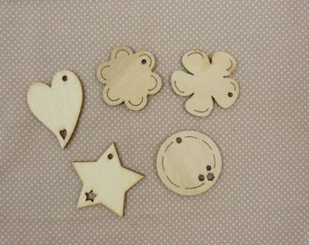 About wooden embellishment: tags