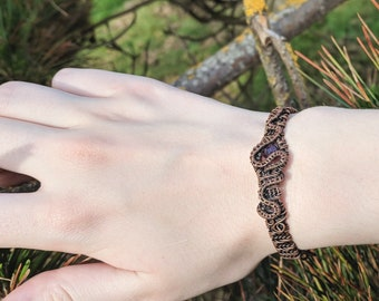 Wire wrapped  copper and amethyst bracelet - February birthstone bracelet - Handmade jewelry