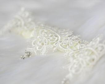 Delicate Guippure Garter, Bridal Garter, Luxury Garter, Rhinestone Garter, Diamante Garter, Crystal Garter, Wedding gift, Style: Athena