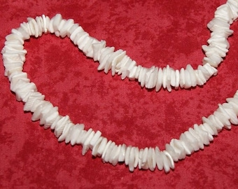 100 white shell package M05001 chips beads