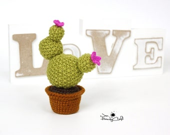 Stuffed cactus Desk decoration Plush cactus decor Artificial potted cactus plant Housewarming gift Home decor Fake cactus Home decoration