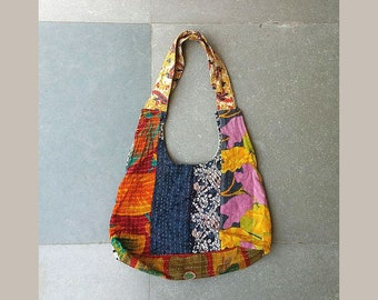 Bohemian hobo bag in vintage kantha, casual hippie shoulder bag, handmade vintage gypsy bag