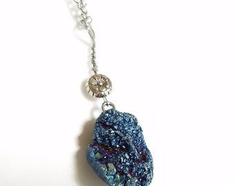 Aura Quartz Geode * Flame Aura Quartz * Titanium Aura Quarts * Druzy Crystal Gemstone Necklace