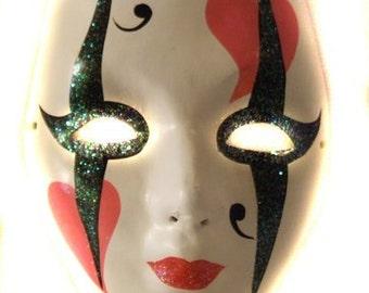 Papier Mache' Mask Pink Heart Mardi Gras Halloween Masquerade Costume Prom Free Authentic Mardi Gras Bead  Decorations decor