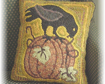 The Country Cupboard Primitive Folk Art Hooked Rug Hooking PAPER Pattern Crow Pumpkin Pillow Fall Decor