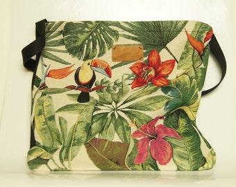 Shoulder bag of Gobelin furniture fabric Ara