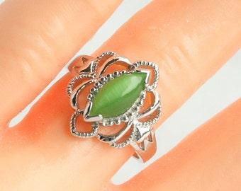 Vintage Green Art Nouveau Sterling Silver Ring Vintage Green Opal Glass Ring 925 Silver