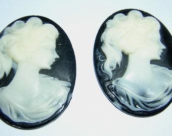 Ladies Profile 30 x 40MM Cameo 6 pieces black Ivory