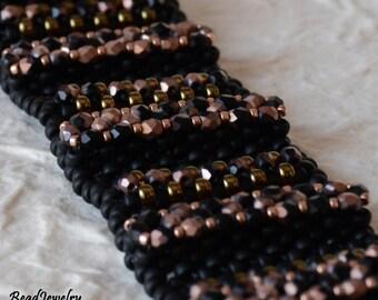A Beadwoven Bracelet for a Petite Wrist!