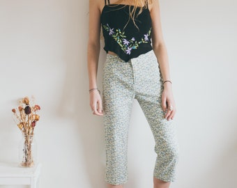 Vintage Hippie Trousers, Pedal Pushers, Cropped Trousers, Floral Pants, Bohemian Clothing